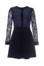 Добрый день!Интересующее Вас платье PINKO 42р имеет обхват груди 90см.С уважением служба поддержки клиентов JUSTMODA.RU