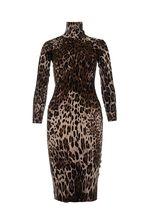 Добрый день!Длина по спине - 95см, платье маломерит, размер подойдет S ближе к 40 размеру.С уважением, служба поддержки клиентов Justmoda