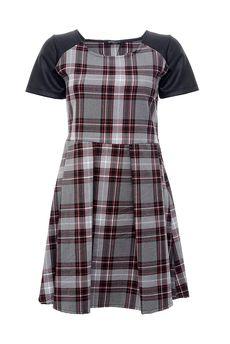 Платье INTREND21 3083/16.1. Купить за 2933 руб.