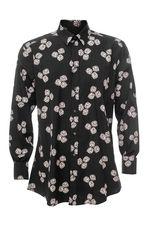 Получил эту рубашку очень доволен качеством. Она приталенная,информируйте об этом при заказе.Мне подошла.Сергей.
