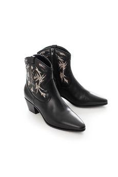 Ботинки SAINT LAURENT 457766LR210/18.1. Купить за 48790 руб.