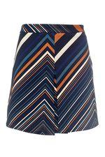 Добрый день!Интересующая Вас юбка INTREND 21 по длине 43 см.С уважением служба поддержки клиентов JUSTMODA.RU