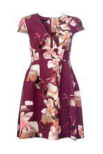 Здравствуйте.У нас самый большой размер платья  ATOS LOMBARDINI 42 итальянский=44 российский.Платья эти не маломерят.